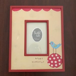 NWT Happy Memories Picture Frame